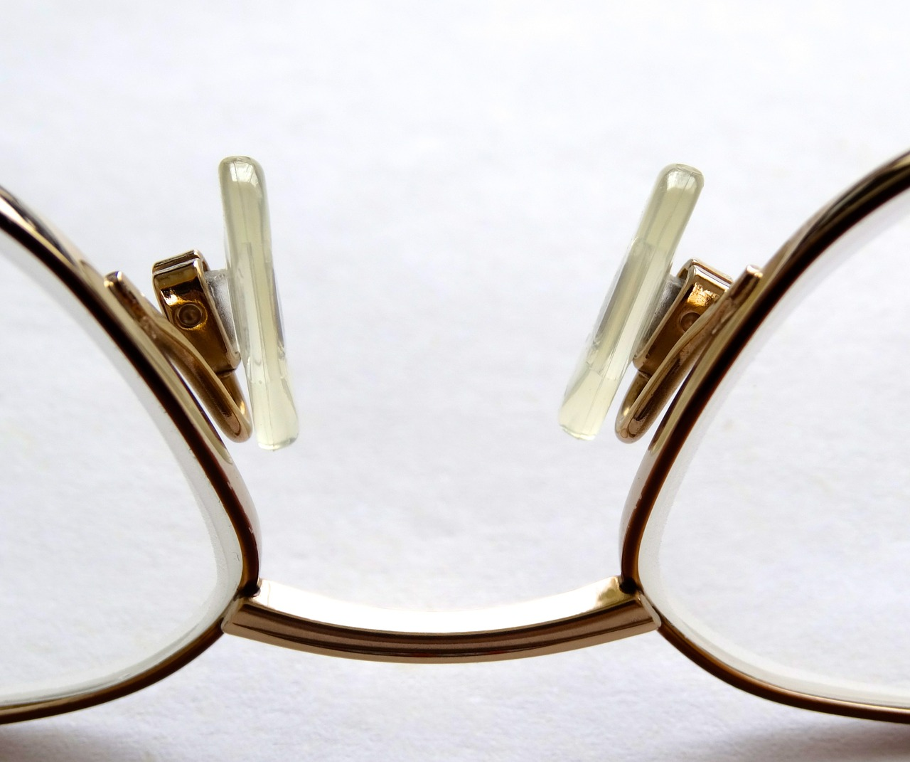 reading-glasses-452543_1280